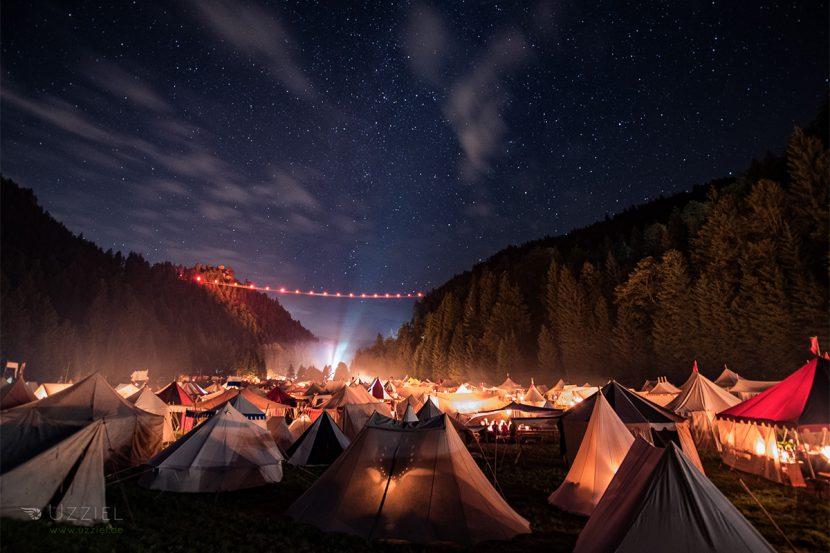 Zeitreise Ehrenberg Zeltlager bei Nacht